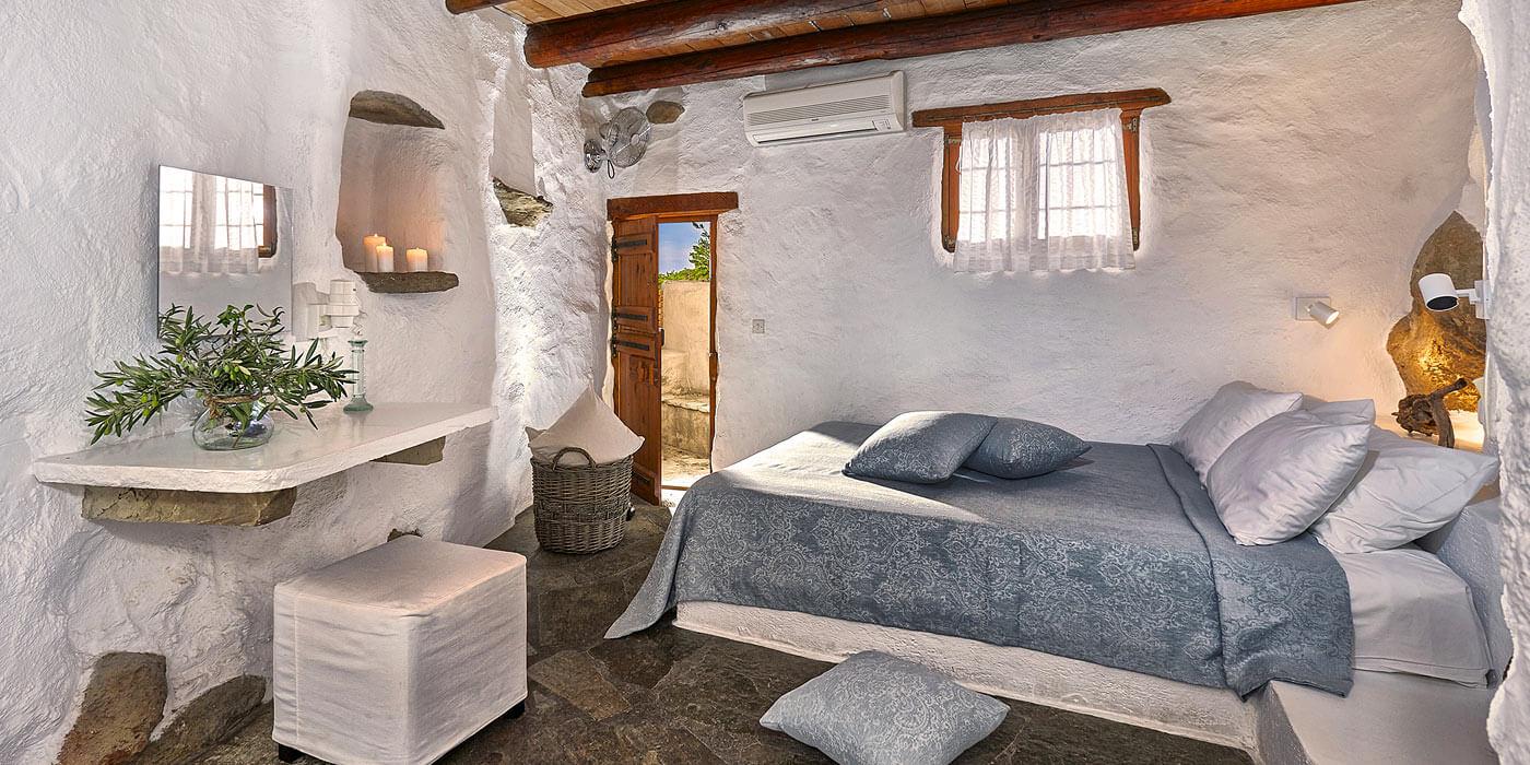 Room: Large Cottage