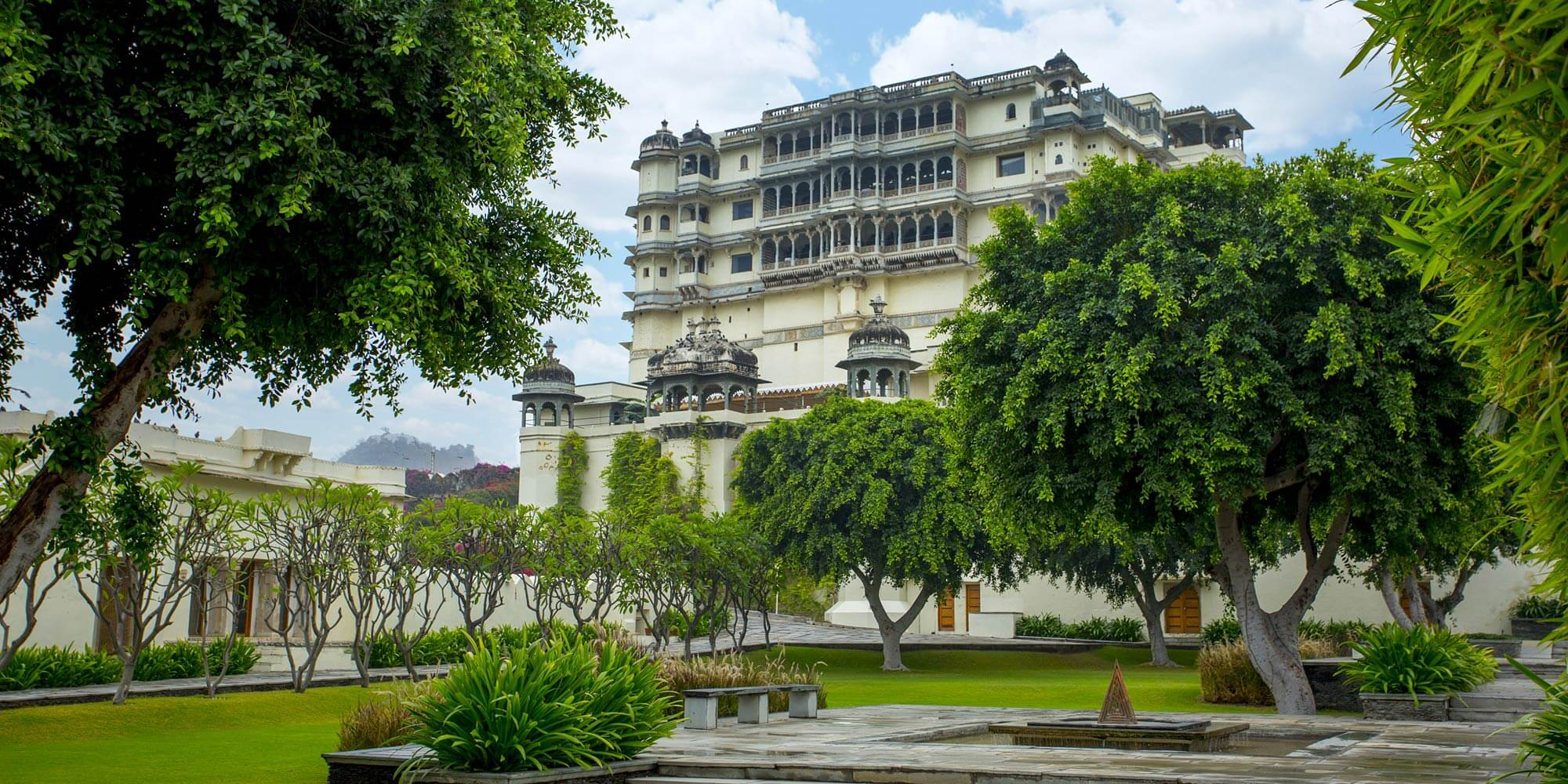 the i-escape blog / Your favourite hotels of 2018 / Raas Devigarh
